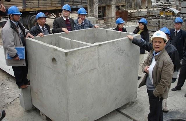 Bể phốt 2 ngăn được đúc sẵn bằng bê tông