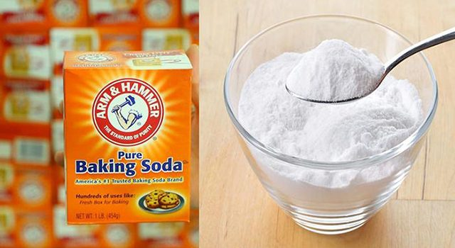 thông cống bằng baking soda