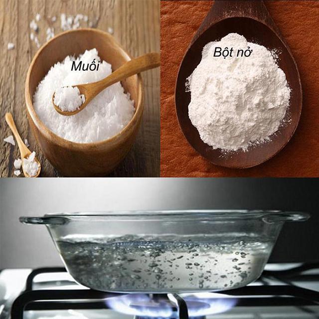 bột baking soda và muối